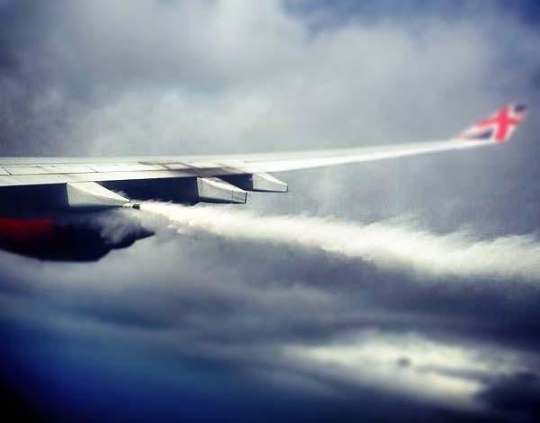 连线 上海飞伦敦客机迫降俄罗斯