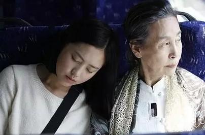 韩国慰安妇少女电影爆火,送往是将题材们反思地狱电影故事死水微澜介绍图片