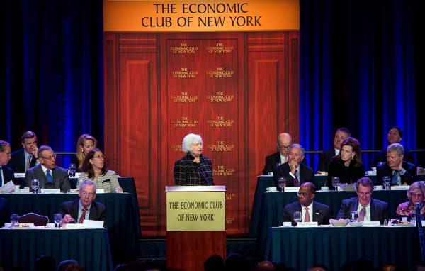 """美联储4月维持利率不变 但政策声明偏""""鹰派"""""""