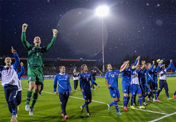 冰岛已经拥有130块室内和室外足球场