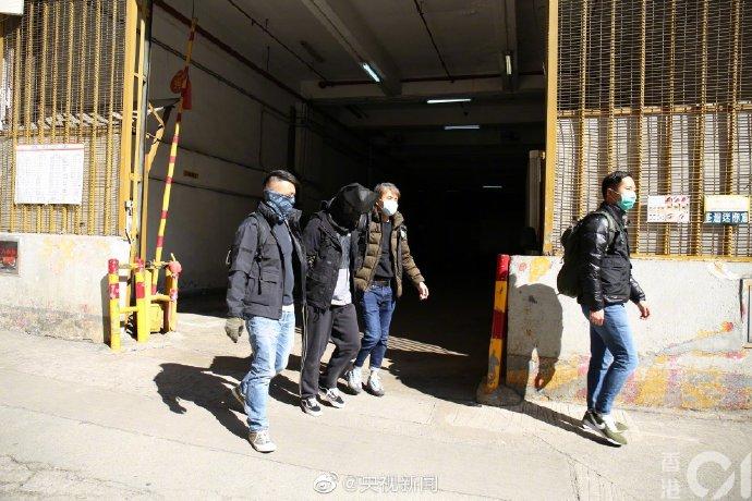 """""""修例风波""""以来,香港警方首次检获真枪实弹"""