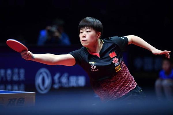 日本乒乓�女将泪洒赛场:为了奥运资格,她们和队友拼��才在�z�E外面命了