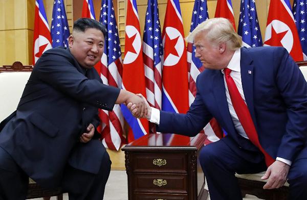 """朝美年底隔空喊话,专家:预计朝鲜不会越过美国""""红线"""""""