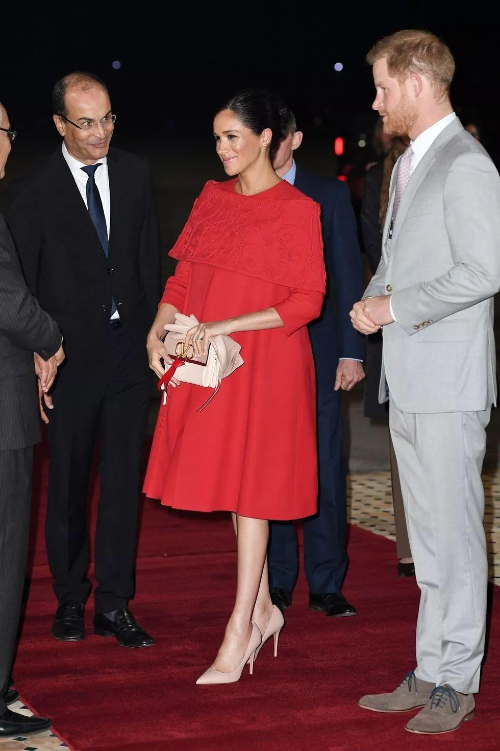 梅根王妃一年花 200 万穿衣服,她的搭配你也能借鉴