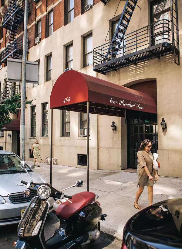 曼哈顿东城81街公寓。1955年,张爱玲来纽约后不久就拜访了住在这里的胡适。