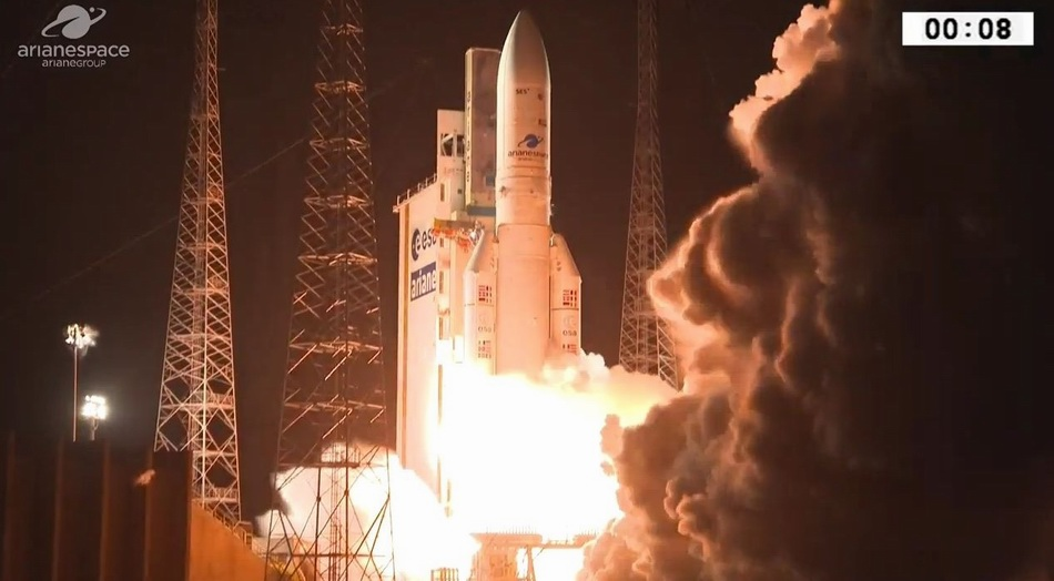 """""""煌-1""""军用通信卫星由法国""""阿丽亚娜""""-5火箭发射"""