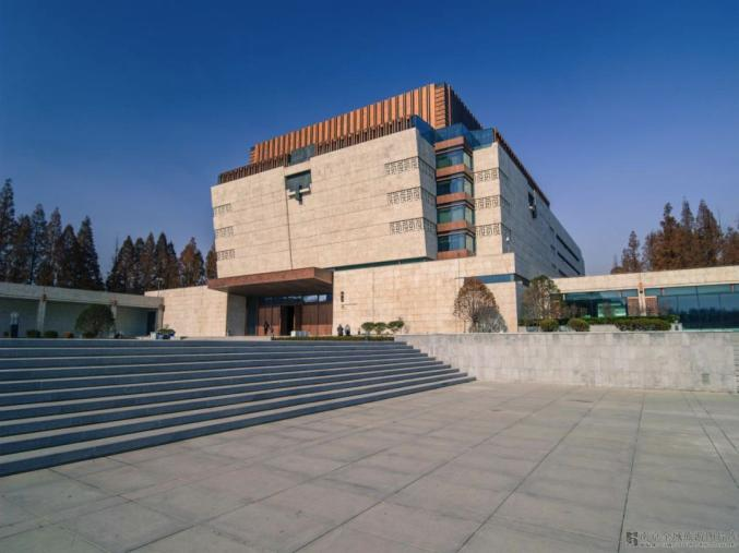 小伙伴们可在历史馆见证古代文明 在特展馆欣赏镇馆之宝 在艺术馆徜徉图片