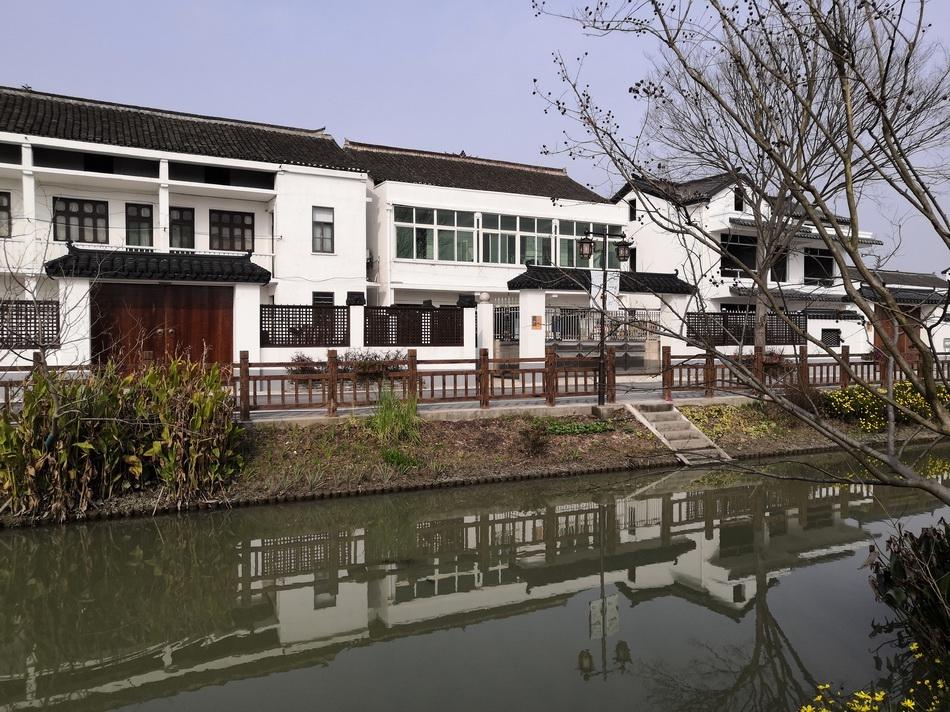 上海革新村村貌。