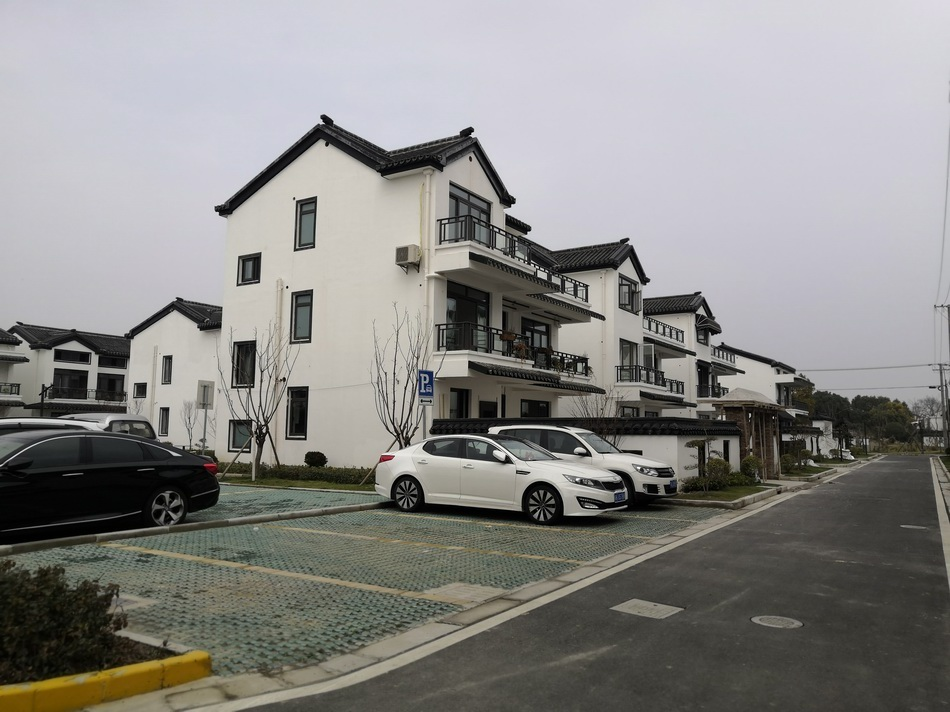 革新村村民居住的楼房。