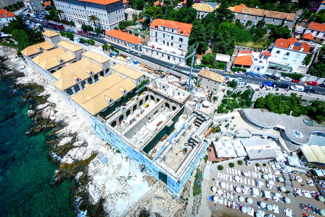 改造中的杜布罗夫尼克Lazareti,它是已知地中海欧洲保留最好的检疫隔离建筑群。图源lazaretihub.com