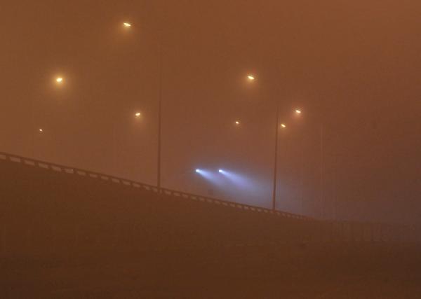 北京强浓雾致航班大面积取消