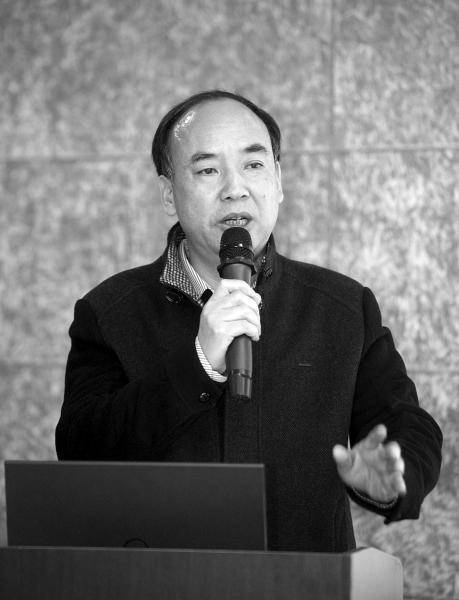 一个清华研究生的爸爸:4本日记记录13年家长会和儿子成长