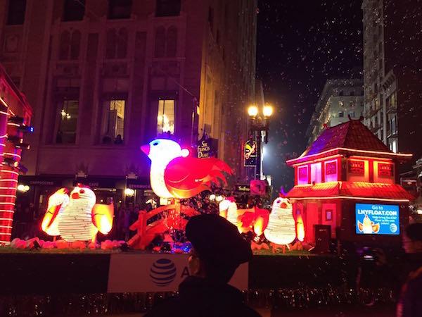 美国华人的中国新年游行次地:中西方文化与传统的结合