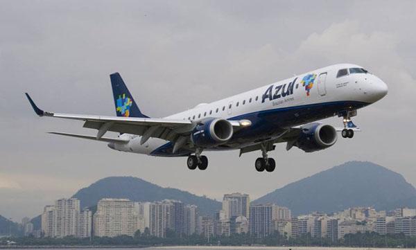 巴西蓝色航空飞机
