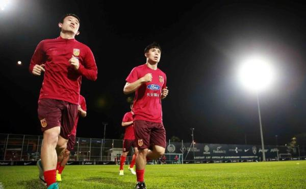 """国足不进世界杯是失败吗,里皮发布会表示""""强烈反对"""""""
