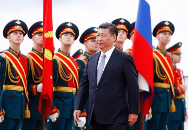 习抵达莫斯科开始对俄罗斯联邦进行国事访问