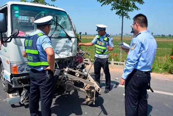 陕西沿黄公路6死1伤交通事故发生他:肇事司机涉嫌饮酒后疲劳驾驶