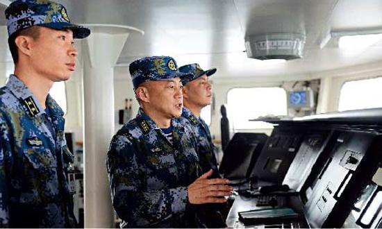 辽宁舰原舰长张峥、原政委梅文双双晋升少将军衔