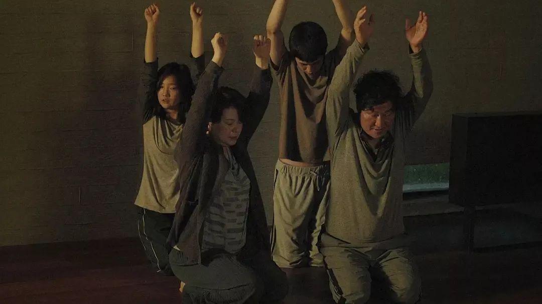 看着韩国电影横扫奥斯卡,我们只有羡慕的份侠儒道