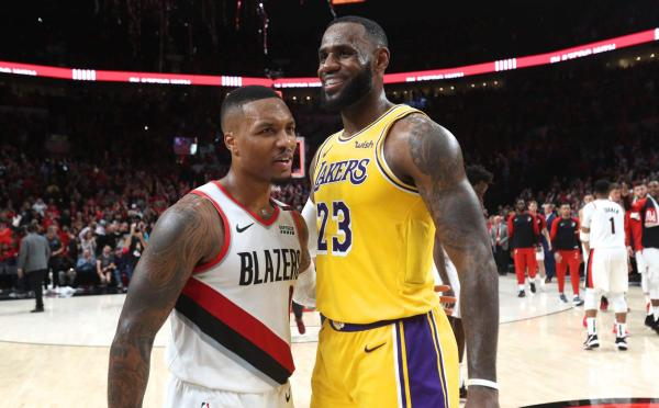 美国组建三对三篮球队遇难题,詹姆斯、利拉德