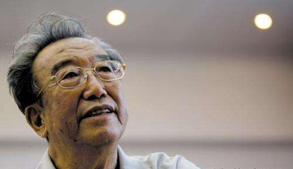 91岁翻译家高莽去世,一生执着于俄罗斯文学