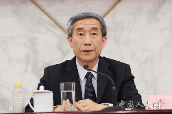 李飞:香港有维护宪法尊严、国家统一和领土完整的宪制责任