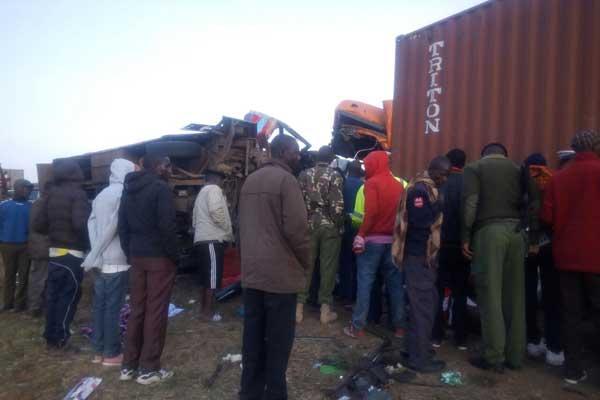 肯尼亚中部一辆大巴撞上卡车_代理__加盟_区域_招商 二级特许,造成至少30人死亡18人重伤