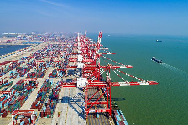广州港南沙港集装箱码头三期.视觉中国