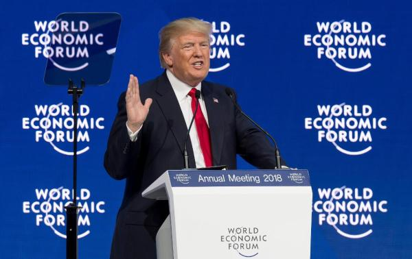 当地时间2018年1月26日,瑞士达沃斯,美国总统特朗普在达沃斯世界