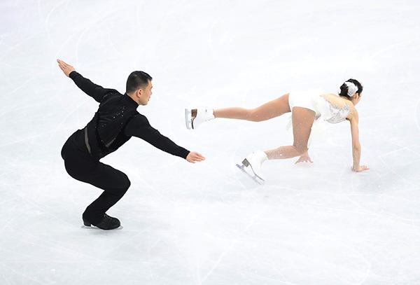 多位花滑名将频繁赛场摔倒,平昌冬奥的冰不行?