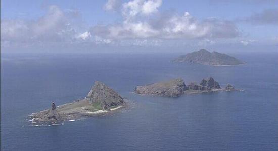 中国海警舰队在我钓鱼岛巡航,日方发出警告并