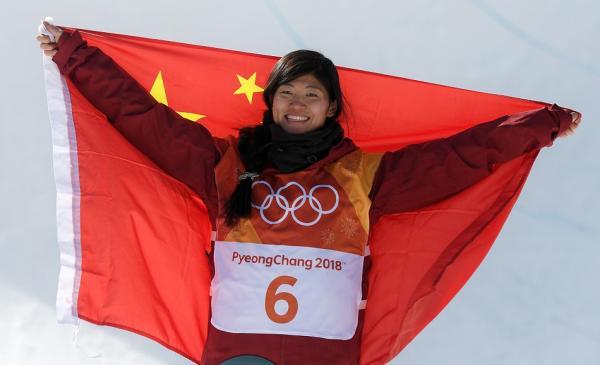 三次手术三次重返赛场,爱笑的刘佳宇不只为竞技和冠军