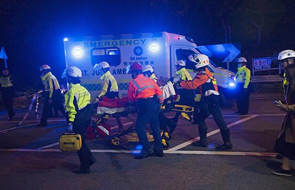 香港大埔公路巴士车祸仍有32人留院:5人危急5人严重