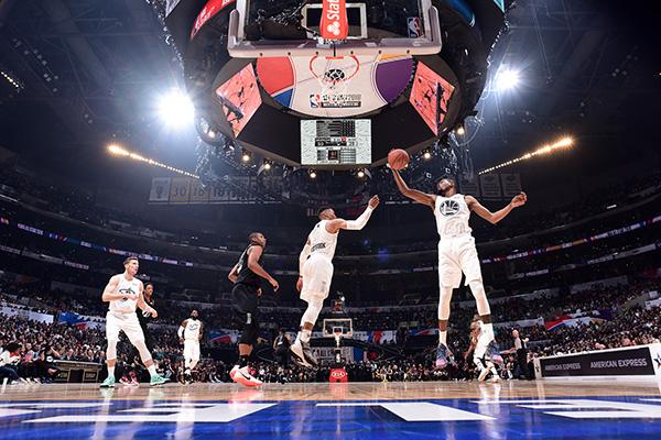 NBA全明星终于真打了!詹姆斯队战胜库里队,詹皇获MVP