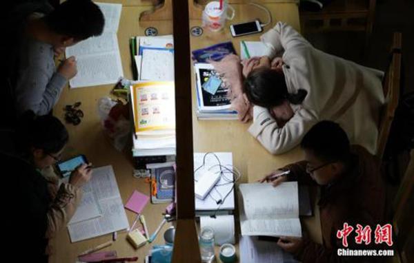 """教育部考试中心:将在""""国标""""基础上研发英语能力等级考试"""