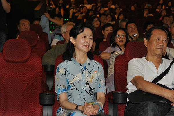 巴金《家》改编成音乐剧电影,导演刘红梅:刻骨铭心的三句话