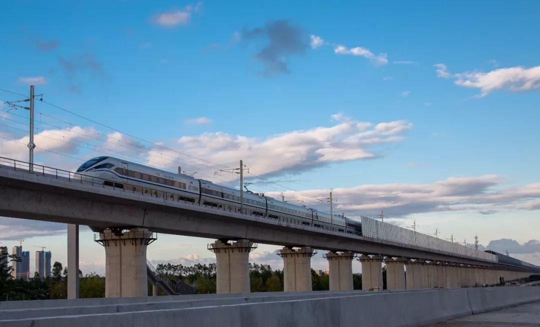 7月1日起,往来肇庆深圳的高铁增加4趟停靠班次!